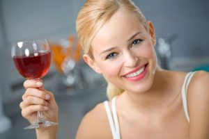 красное вино укрепляет иммунитет