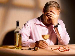 частое употребление алкоголя повышает давление
