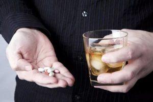 Алкоголь и снотворное