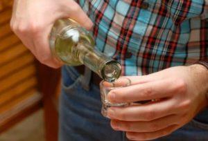 Почему люди употребляют алкоголь