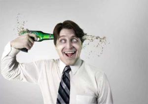 Алкоголь постепенно разрушает организм
