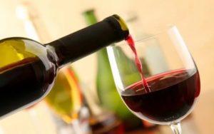красное вино при температуре