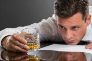 Алкоголь - разрушитель печени