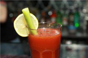 Alkogolnye koktejli pri pohmele